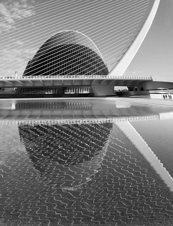 "Ana Sarrión, Spain, ""Valencia Agora"" // 2nd Edition B&W Competition Simplweb- The Worldwide Photography Gala Awards"