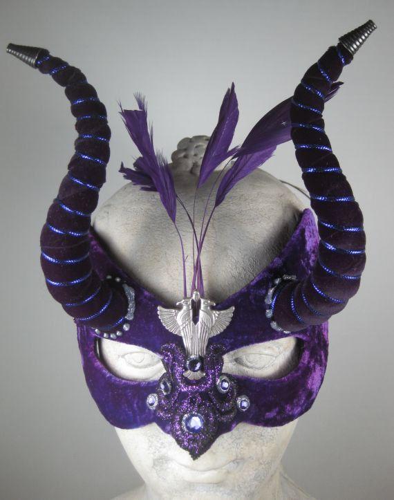 Masquerade Mask Purple//Masquerade Ball Mask//Masquerade Mask Ball//Mens Masquerade Mask//Mask Masquerade//Masquerade//Halloween Masquerade