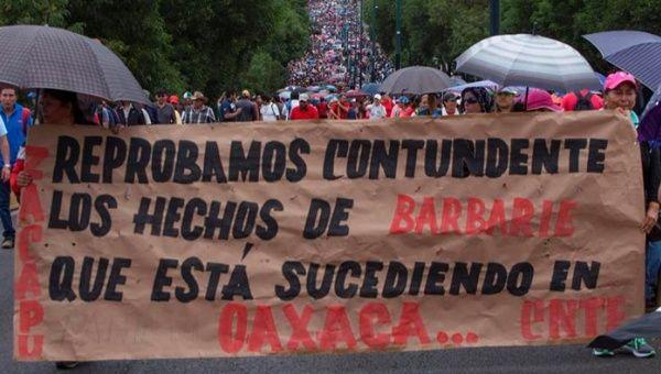 Gobierno mexicano bloquea ayuda a víctimas de Nochixtlán https://t.co/VTLwtGZBO1 #Noticias #Venezuela