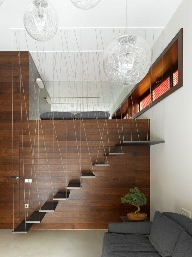 Treppenhaus-Geländer Mit Fäden-Innenarchitektur Vermittelt