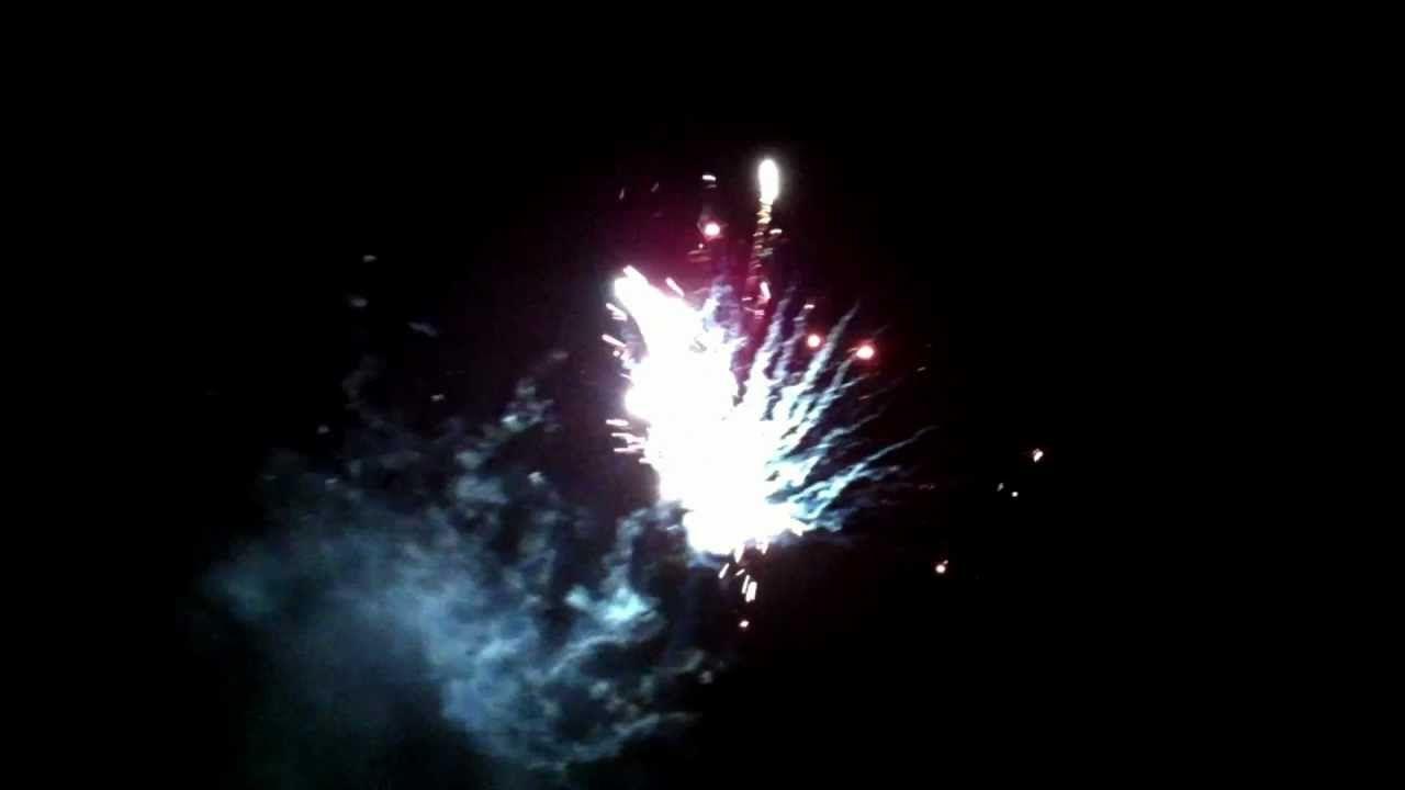 Auszug #aus #Feuerwerk #zu #einer Neujahrsfeier #in #St. #Ingbert .mpeg  #Saarland Auszug #aus #Feuerwerk #zu #einer Neujahrsfeier #in #St. #Ingbert #City. #St. #ingbert #Saarland http://saar.city/?p=36468