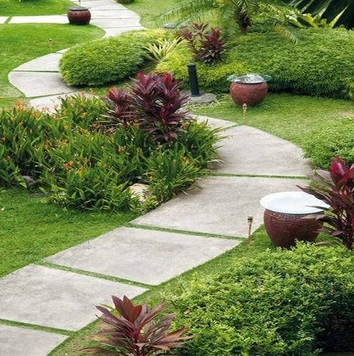 Concrete Front Yard Landscaping: Beautiful Natural Stone Paths