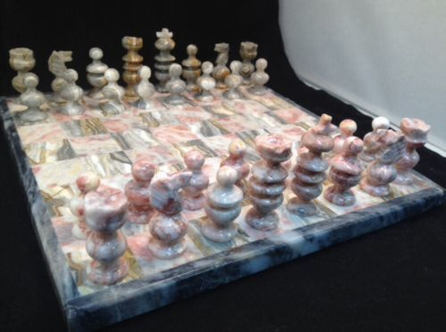 Mexican Onyx Marble Chess Set Pink Gray Complete Game Board 32 Playing Pieces Ebay Marble Chess Set Chess Set Onyx Marble