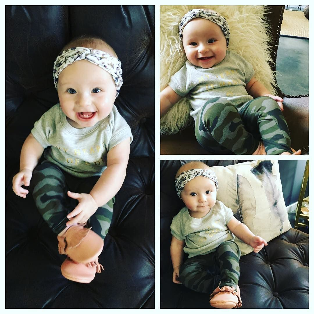 Hey! I'm 6 months today  I love to sing chew on everything look at my reflection read books and eat yogurt. I'm pretty much killin this life thing  #lifeoftheparty #vivienneelaine #daddysgirl @mattmooremusic #happybaby by calstarrmoore