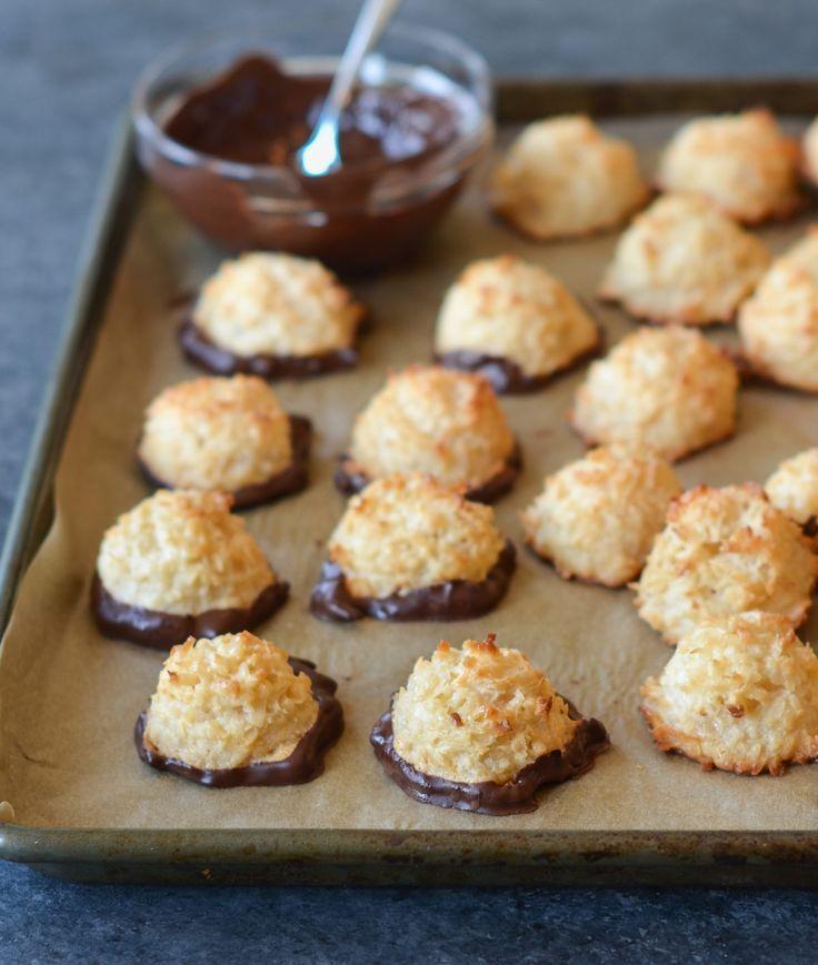 Coconut Macaroons Recipe Coconut Macaroons Passover Desserts