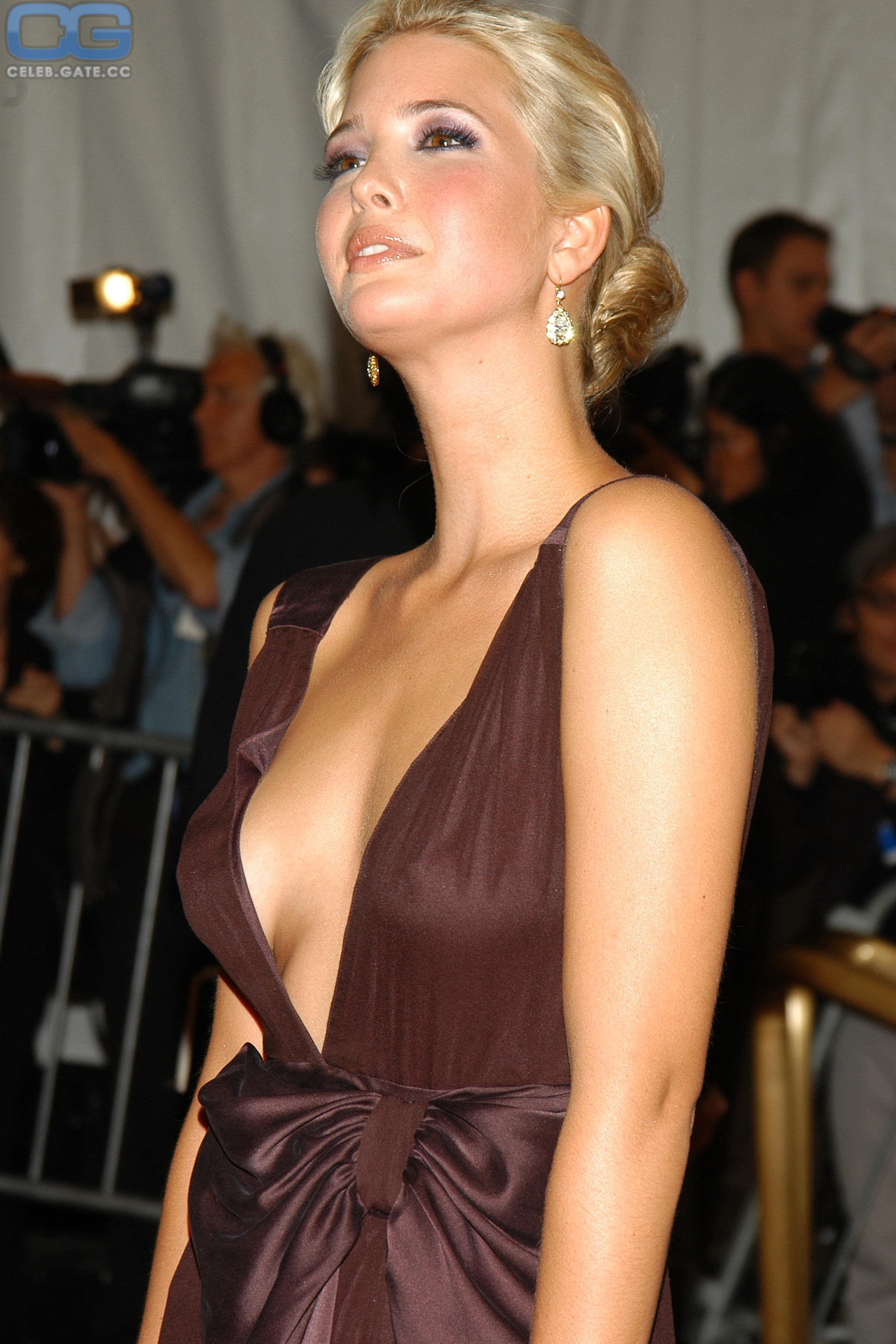 20 Super Hot Ivanka Trump Bikini S Pics That Will Drive You Mad Ivanka Trump Photos Ivanka Trump Bikini Ivanka Trump Style