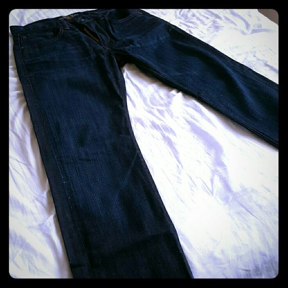 Lucky Brands men's jeans dean style 30 x 30 Lucky Brand men's jeans 30 in waist 30 in length. These are the Dean line. Very soft pair of jeans. A darker color. Goes well as a dress up pant. Zipper style lucky. Maybe worn 1 or 2 times. Very good shape. Lucky Brand Jeans Straight Leg