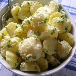 Kartoffelsalat mit Knoblauchmayonnaise @ de.allrecipes.com