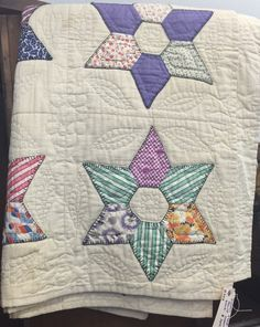 Vintage quilt spotted at a local antique mall, photo by Katy ... : katy quilt - Adamdwight.com