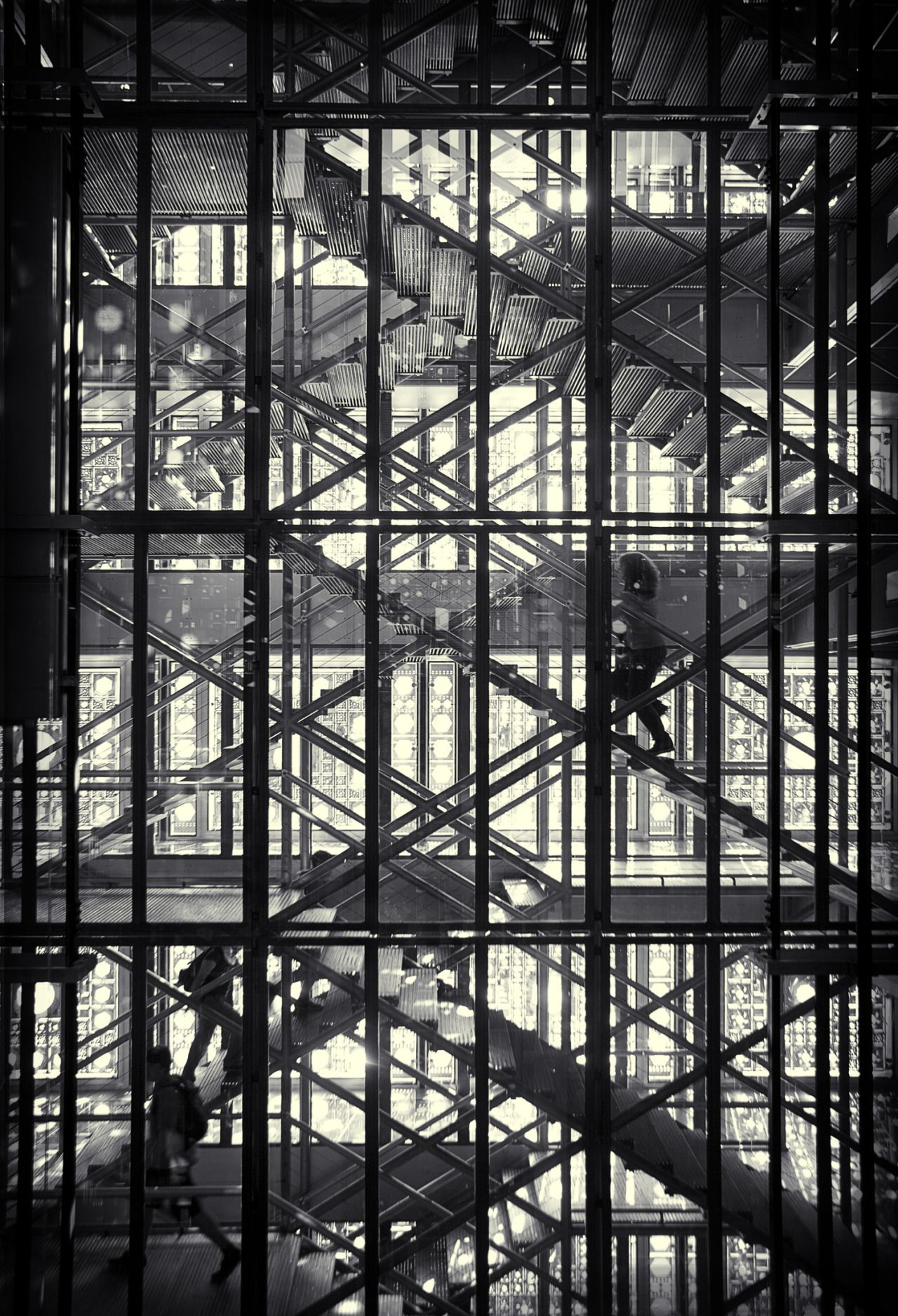 Institut du Monde Arabe. Paris. Jean Nouvel, Gilbert Lezenes, Pierre Soria & Architecture Studio.
