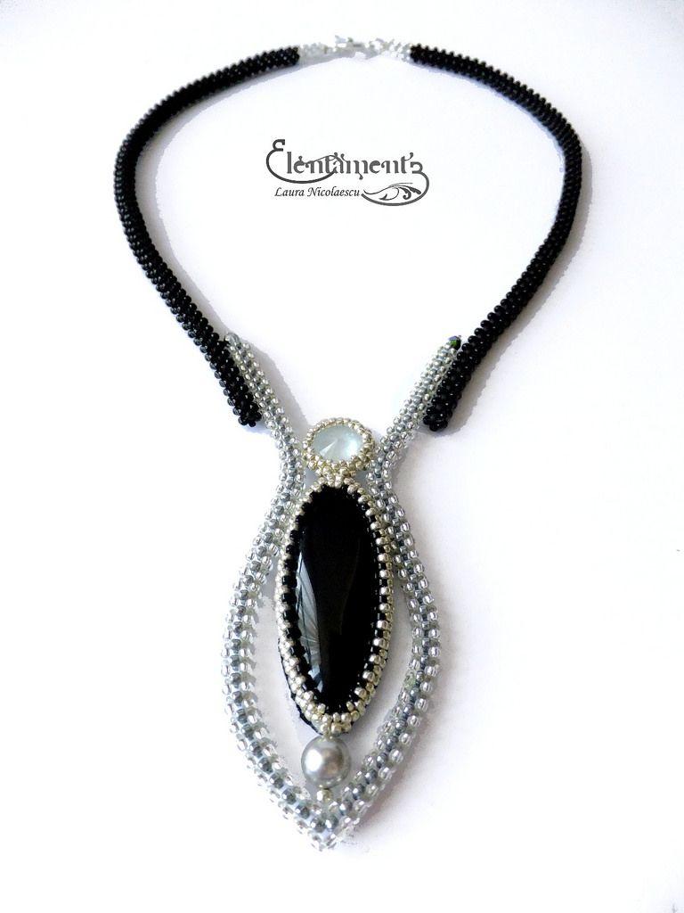 Moon tear necklace (sold) | Collares, Bisutería y Anillos de joyería