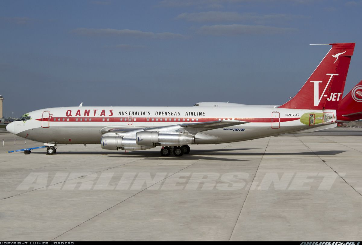 Photos Boeing 707 138b Aircraft Pictures Boeing 707 Boeing Aircraft Pictures