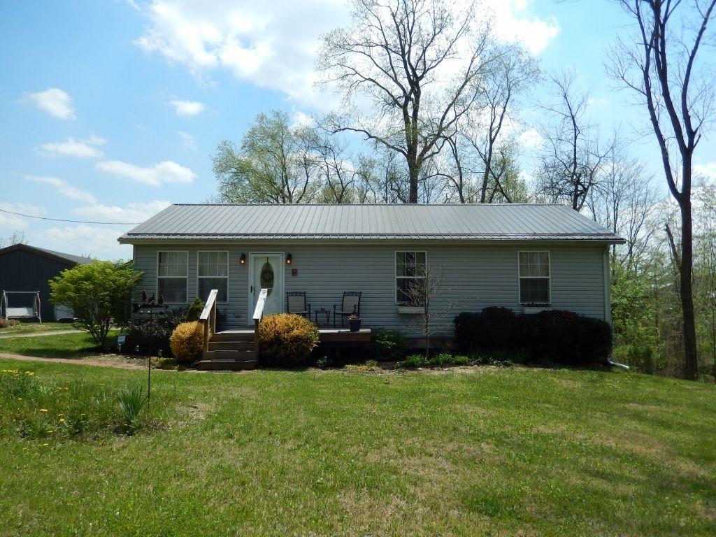 4433 Bennington Chapel Road, Centerburg, Ohio 43011 Ranch