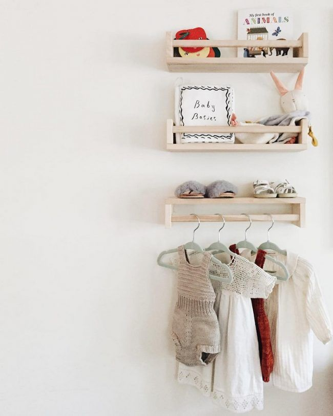 Kinderzimmer Ikea Ideen ideen kinderzimmer ikea hacks gewürzregale kleiderstange wandregal