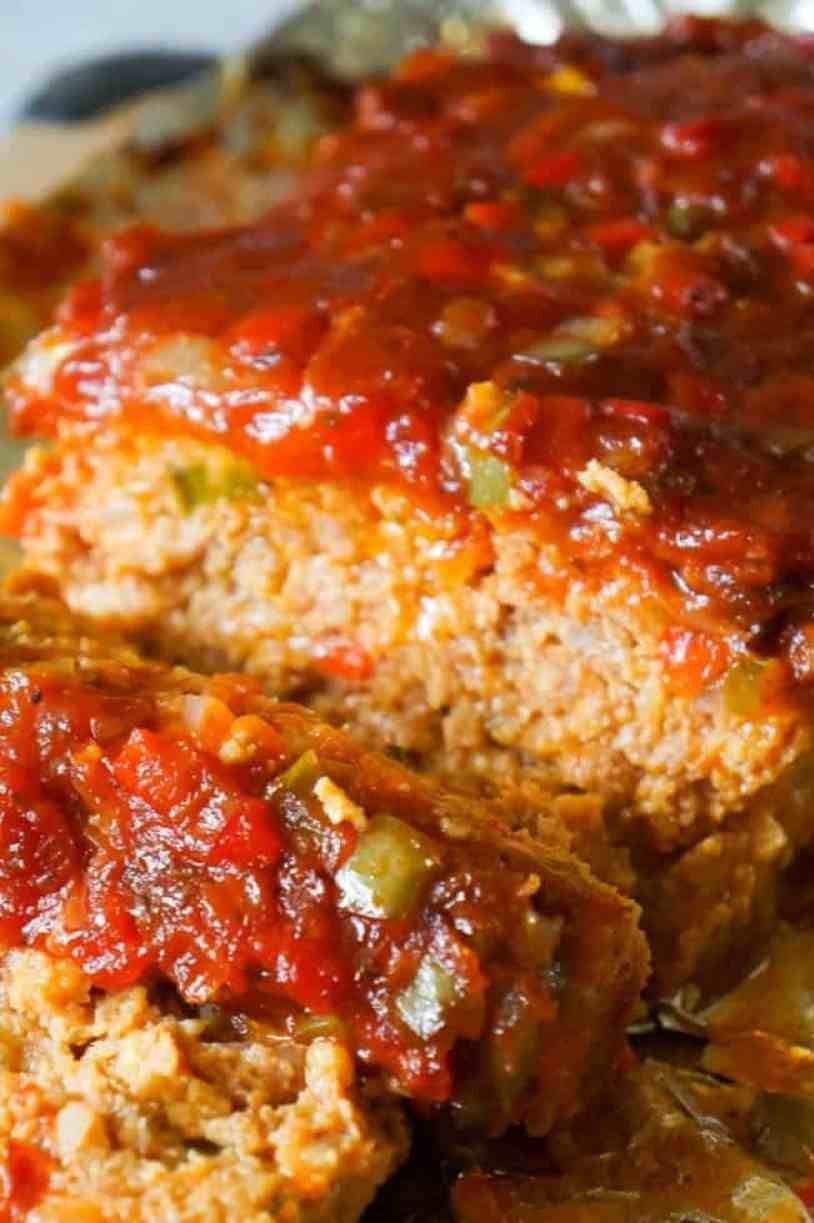 Sausage And Peppers Meatloaf Is An Easy Meatloaf Recipe Using Two Pounds Of Mild Italian Sausage Meat And Loaded W Pork Recipes Cooking Recipes Sausage Recipes