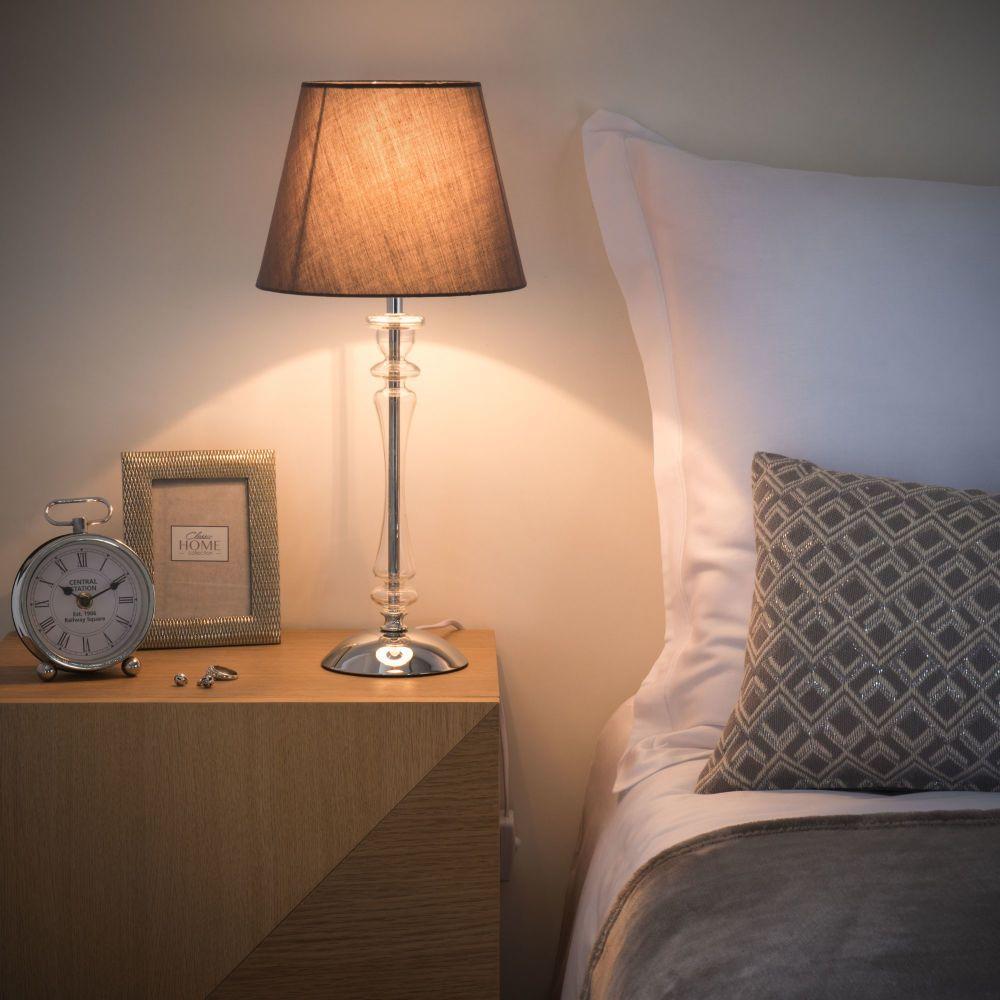 Lampade da tavolo | Lampade, Lampade da tavolo e Interni casa