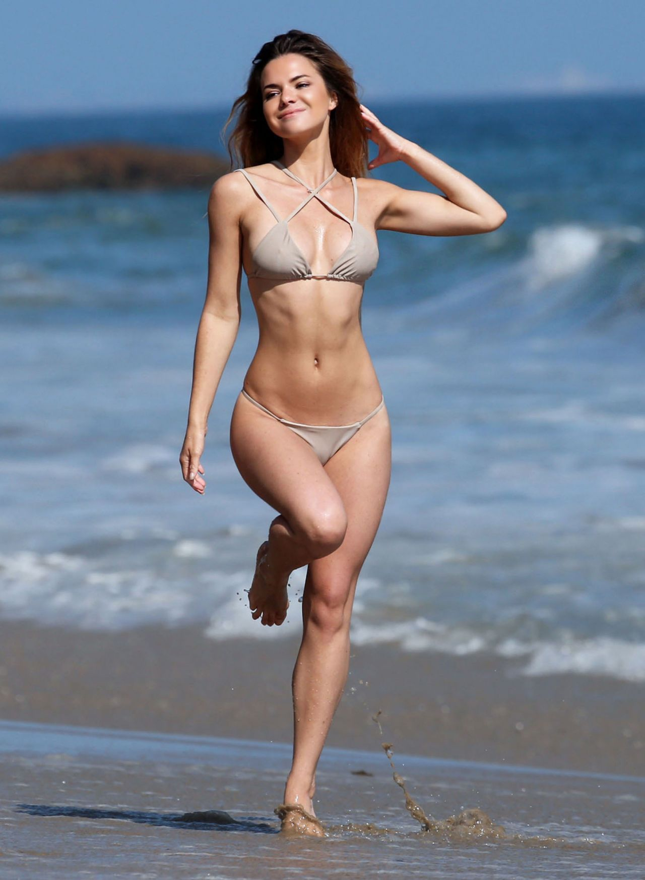 Bikini Kaili Thorne naked (97 foto and video), Topless, Cleavage, Boobs, bra 2015