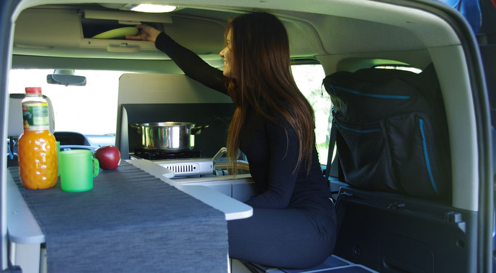 kangoo camper travelpack portable kitchen turns the. Black Bedroom Furniture Sets. Home Design Ideas