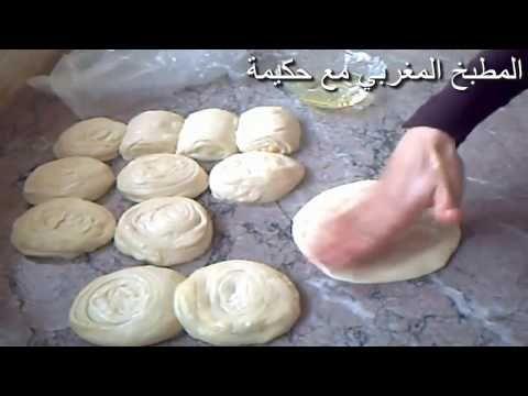 فطائر صغيرة مشبكة بالكفتة سهلة و سريعة التحضير وصفة خفيفة للعشاء أو فطور رمضان Youtube Moroccan Food Food Baking