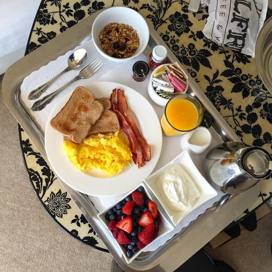 Antojo de domingo qu ganas de un desayuno en la cama as cumplea os pinterest la cama - Desayunos en casa ...