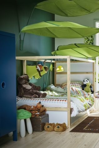 The L 214 Va Leaf Shaped Canopy Can Be Mounted Above A Bed