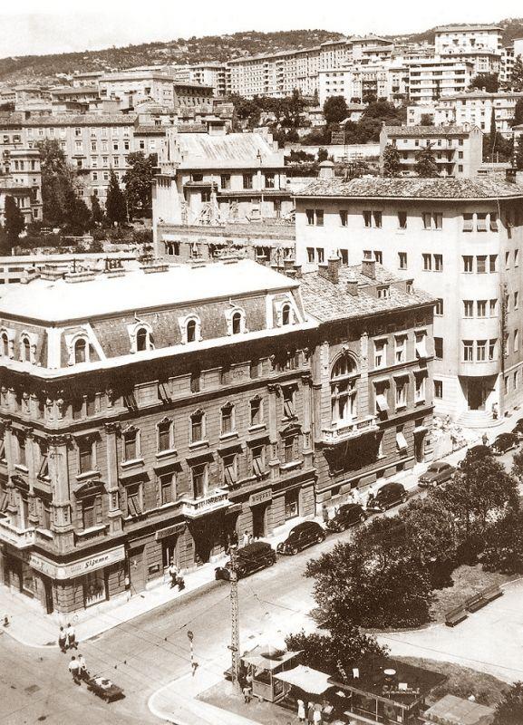 Rijeka 1922 Jadranski Trg Casa Manesteriotti Rijeka Croatia Thousand Islands