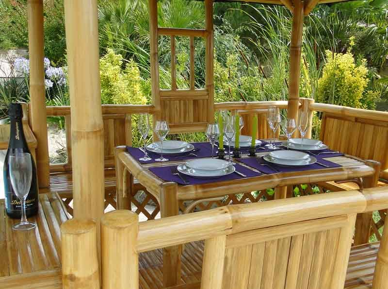 table repas paillote jardin bambou panay nipahut. Black Bedroom Furniture Sets. Home Design Ideas