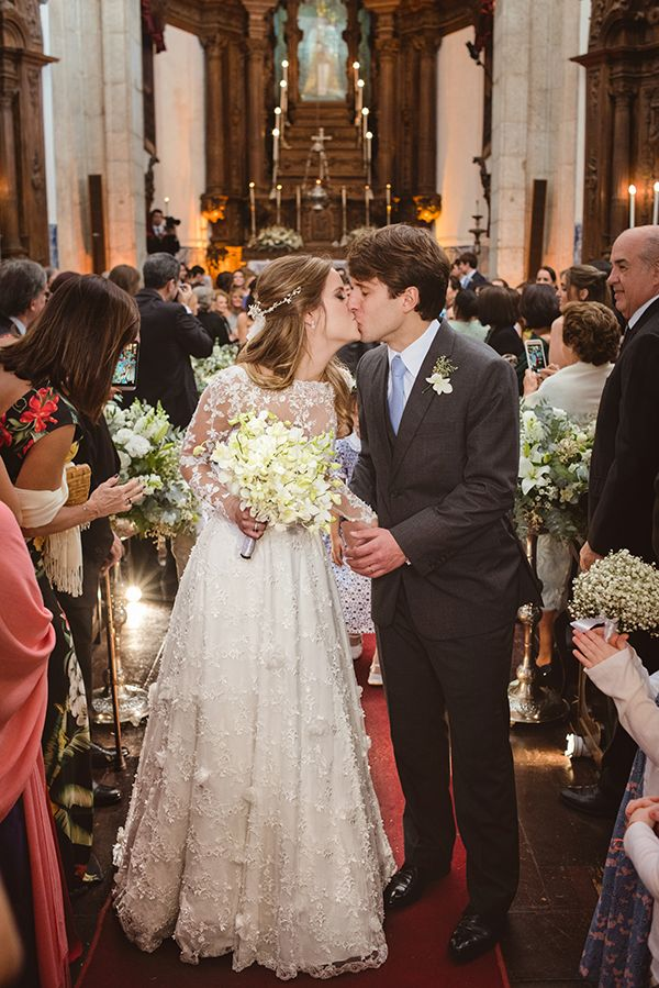 casamento-v-rebel-vestido-de-noiva-mariana-kuernez-juliana-moutinho-10