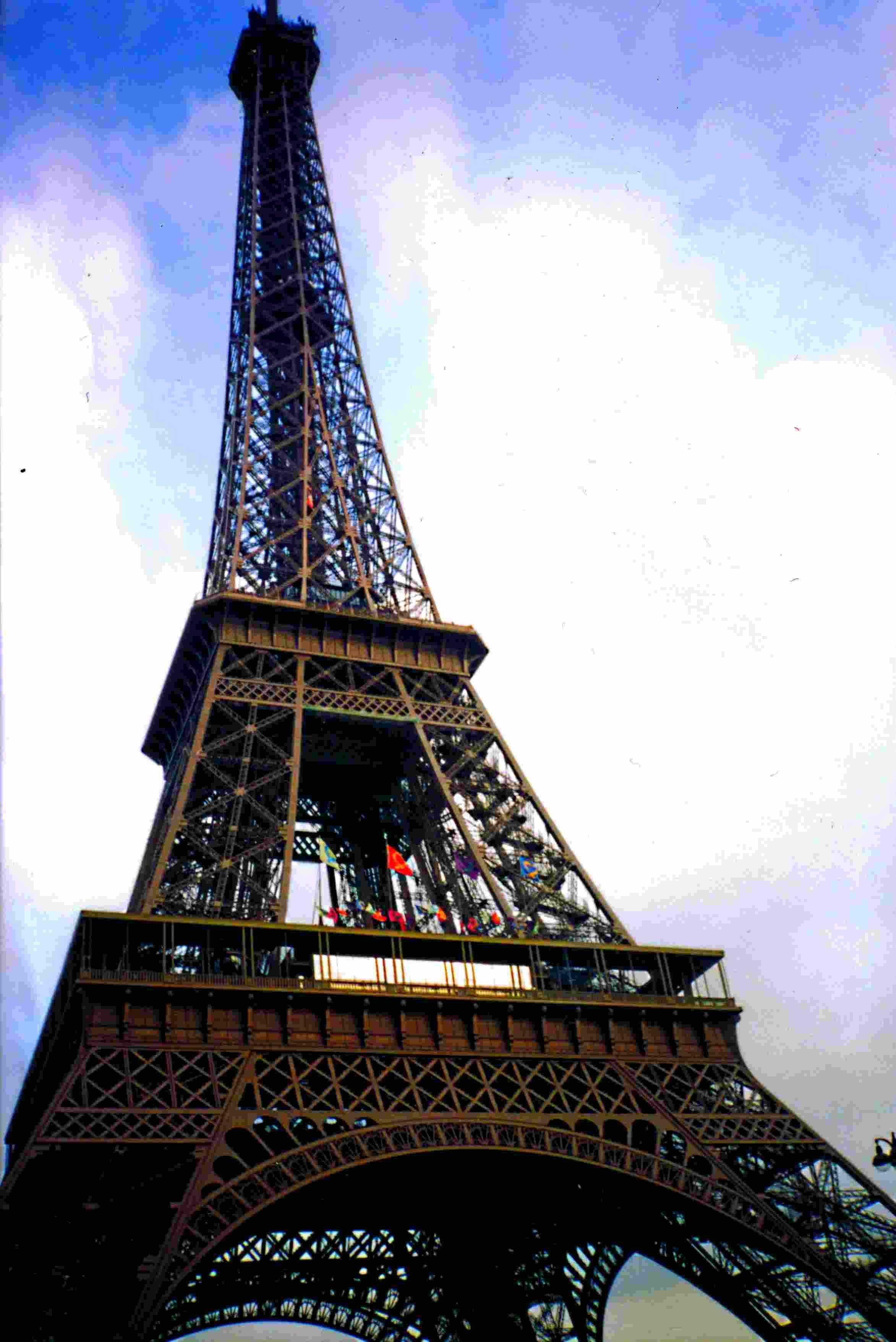 Read Latest Cheap Paris Hotels Http