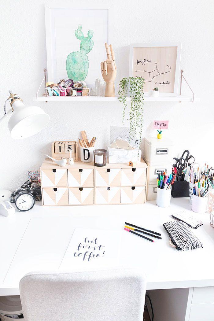 bildschirm podest aus holz inspiration schreibtisch arbeitszimmer einrichten und arbeitszimmer. Black Bedroom Furniture Sets. Home Design Ideas