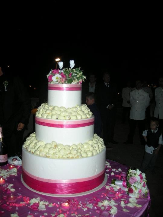 Wedding Cake #weddingintuscany #weddingcake #florence
