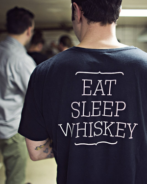 Longman And Eagle Whiskey Bar And Gastropub Chicago Il Mens Tshirts Mens Tops Drinking Beer
