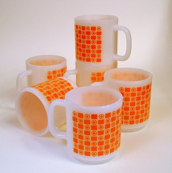 Milk Glass Coffee Cups Orange Targets Op Art Vintage Mod Retro