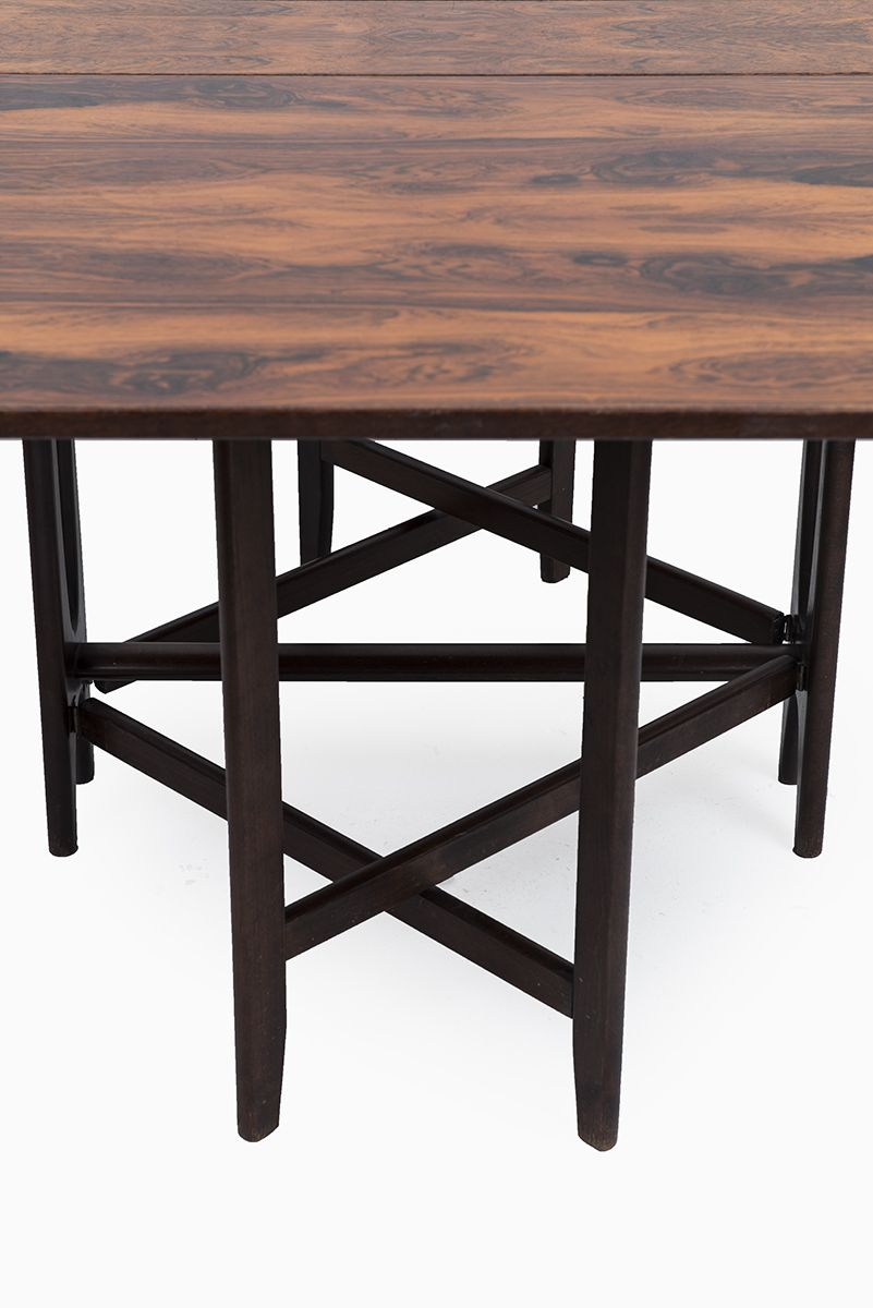 Bendt Winge rosewood table by Kleppes møbelfabrikk at Studio Schalling #rosewood #design #retrofurniture