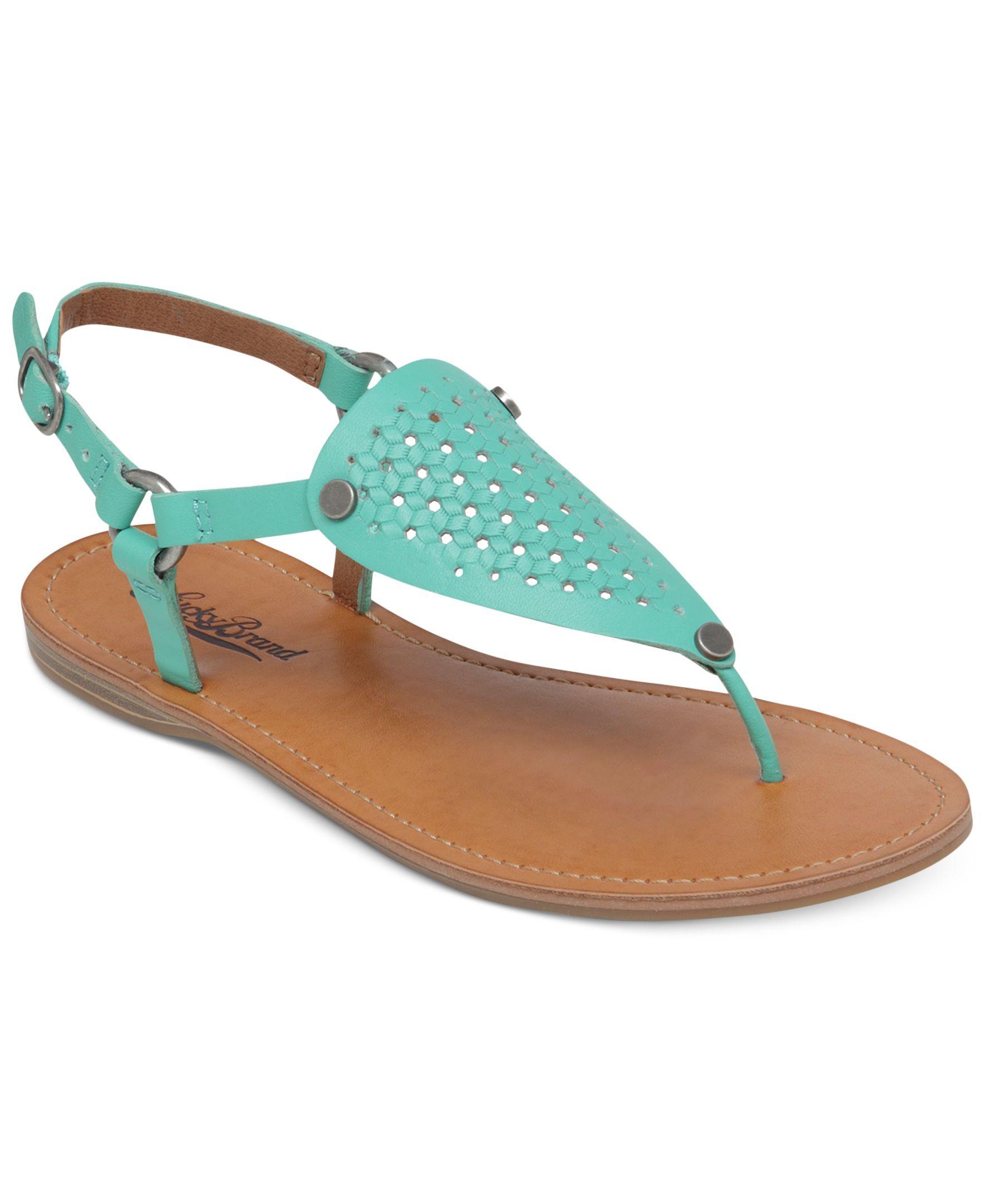 38b9e1c0ea68 Lucky Brand Women s Abell Flat Thong Sandals