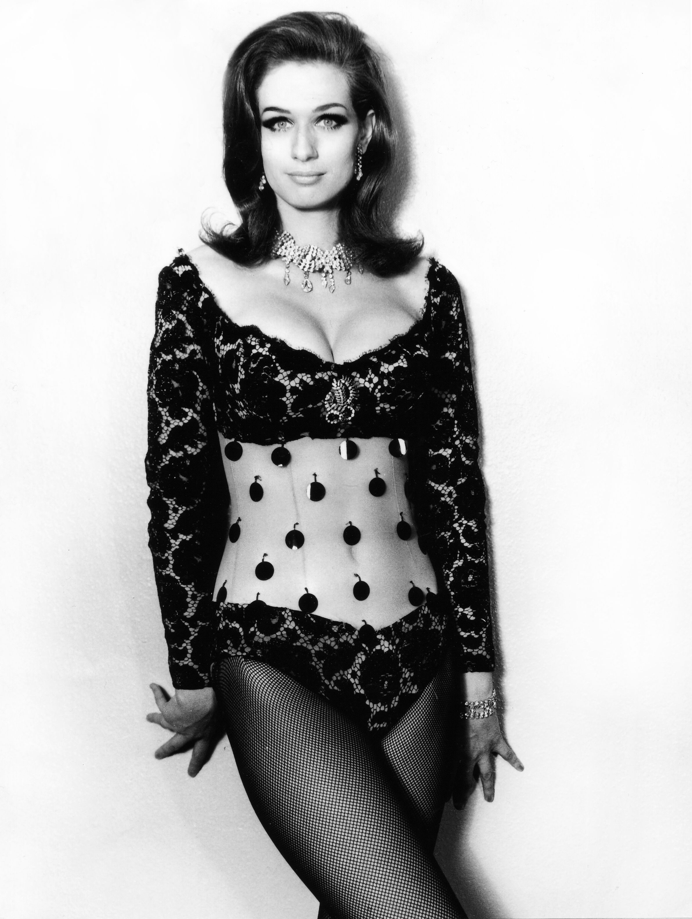 Valerie Leon nude (52 foto and video), Ass, Cleavage, Instagram, bra 2006