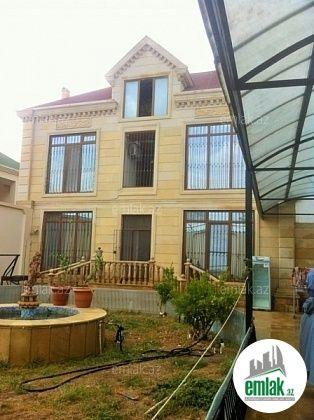 Satilir 5 Otaqli 300 M2 Ev Villa Mərdəkan V Poselke Shuvalan Mayak Unvaninda Villa House Styles Mansions