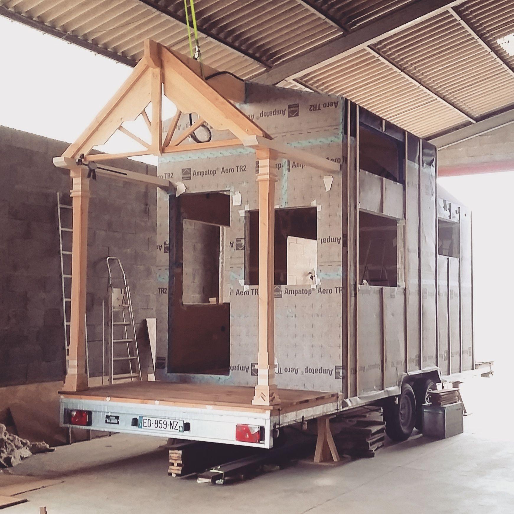des vidos de livingston permettent de dcouvrir les diffrentes tapes de construction dune tiny - Les Differentes Etapes De La Construction D Une Maison