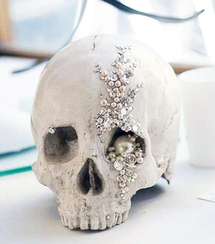 Glamorous Bedazzled Embellished Skull Skull Decoration With
