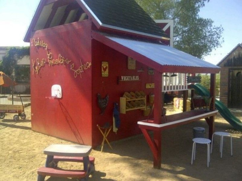 Outdoor childrens barn playhouse made by david and
