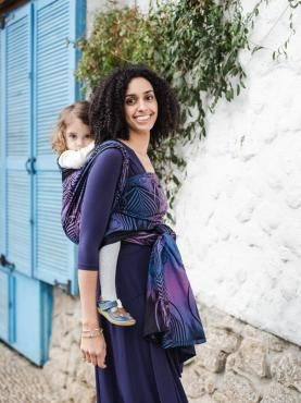 d19918b82cf Use a baby carrier on your travels and experience the sights and sounds  together! Oscha