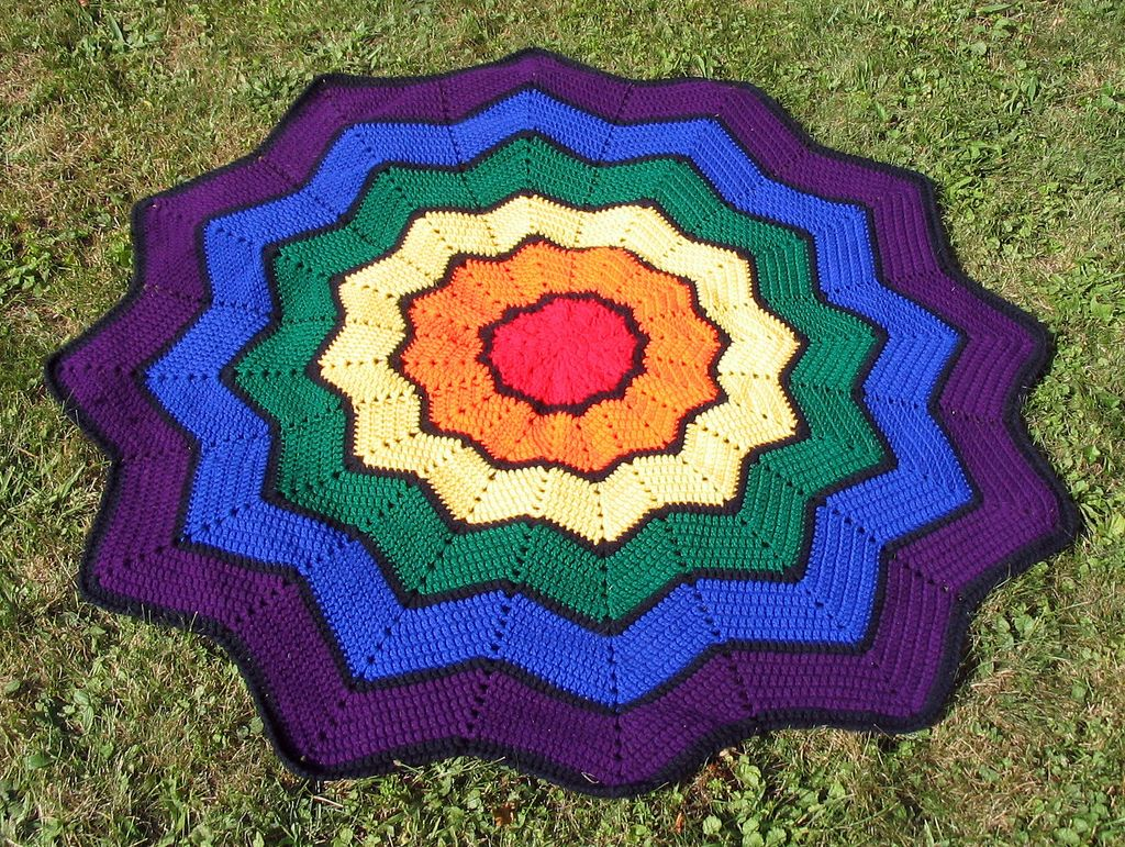 Ravelry: Round Ripple by Aggie May | crochet | Pinterest | Ravelry ...