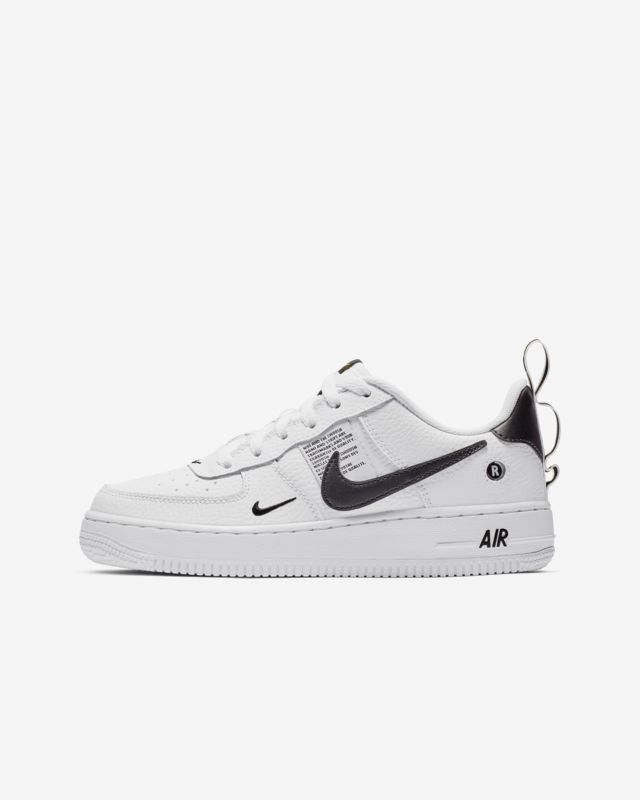 newest collection 11e0d 63353 Nike Air Force 1 LV8 Utility Big Kids Shoe