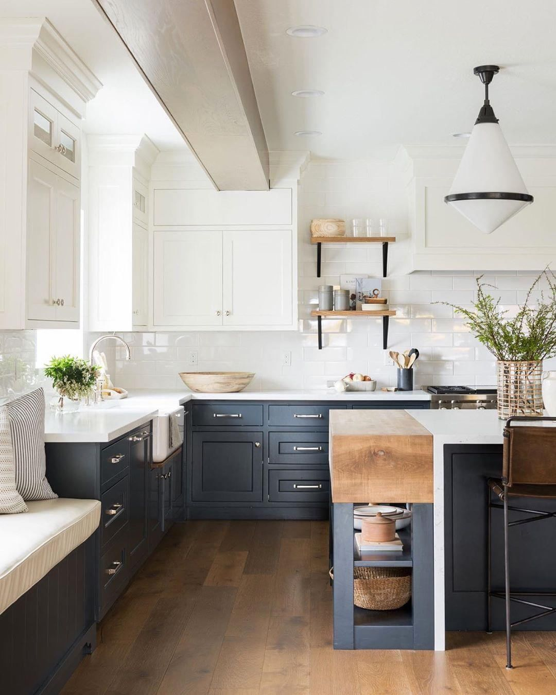 Candy Scott Chicago Designer On Instagram What Dinner Would You Like To Whip Up In This In 2020 Kitchen Inspirations Farmhouse Kitchen Inspiration Kitchen Cabinets