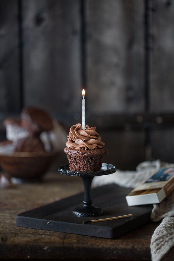 Schokoladen Cupcakes mit Schoko-Buttercreme #cupcakesrezepte