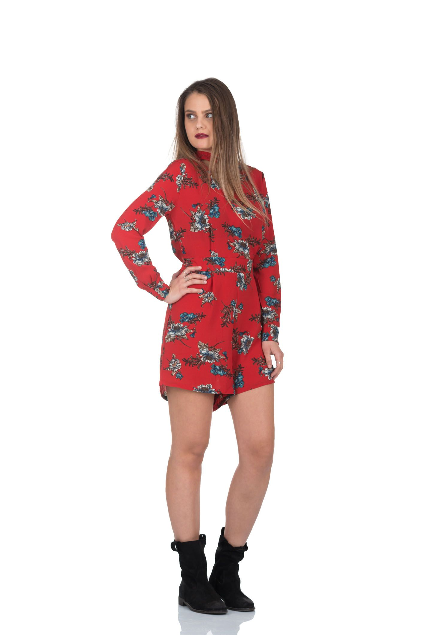 Midi overall dress with a simple yet brilliant design the blackred