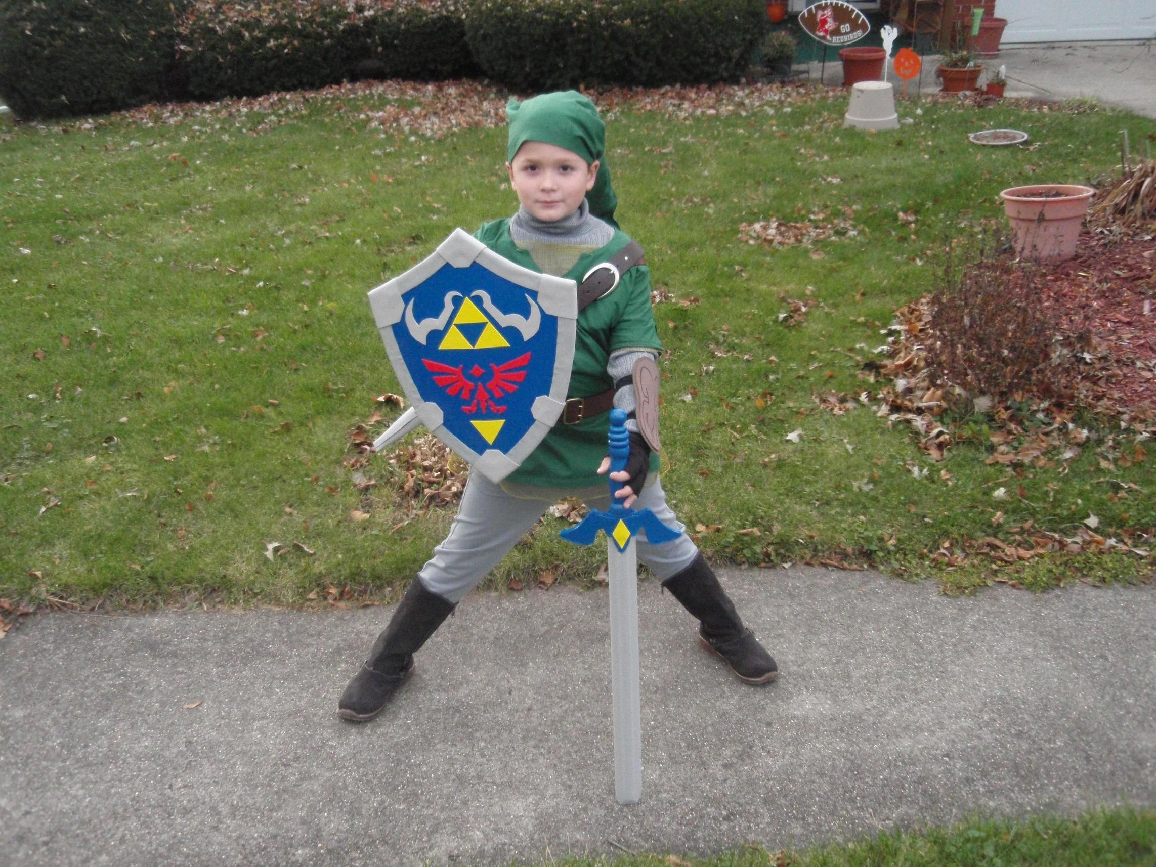 Kid cosplay - Link from The Legend of Zelda - #TLoZ #cosplays  sc 1 st  Pinterest & Kid cosplay - Link from The Legend of Zelda - #TLoZ #cosplays | kid ...