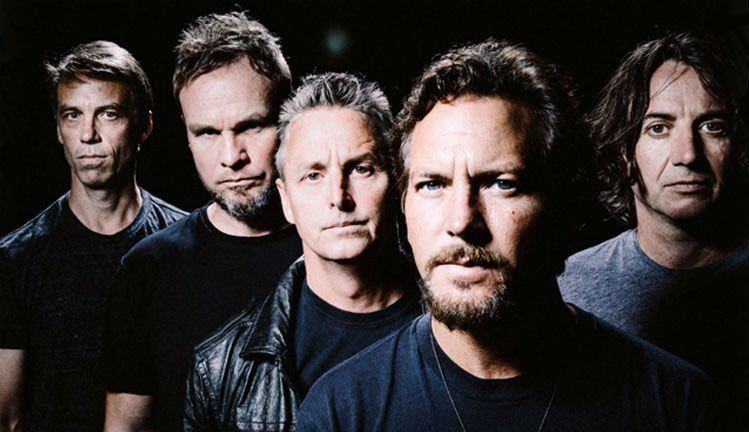 Pearl Jam 'fight' but find 'common cause.'