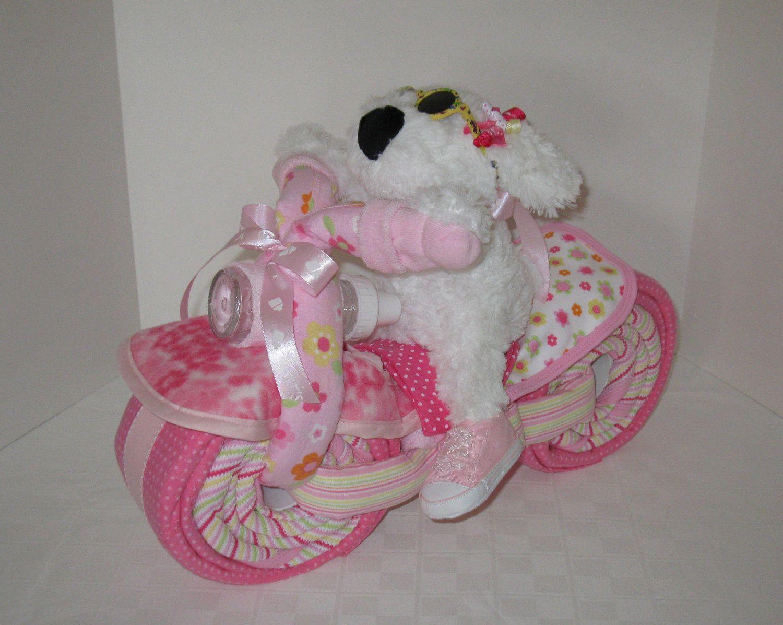 Подарок из памперсов для девочки мотоцикл