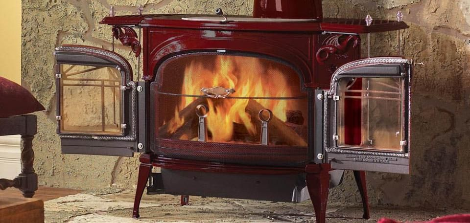 Encore Flexburn Wood Burning Stoves By Vermont Castings Wood Stove Fireplace Freestanding Fireplace Wood Burning Stove